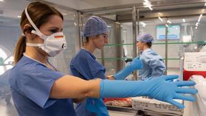 Imagen del Hospital Clínic en plena emergencia por la pandemia del coronavirus.