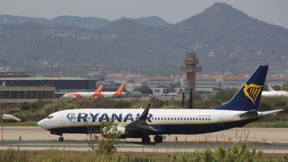 El aeropuerto de El Prat recupera la vida en la operación salida de agosto
