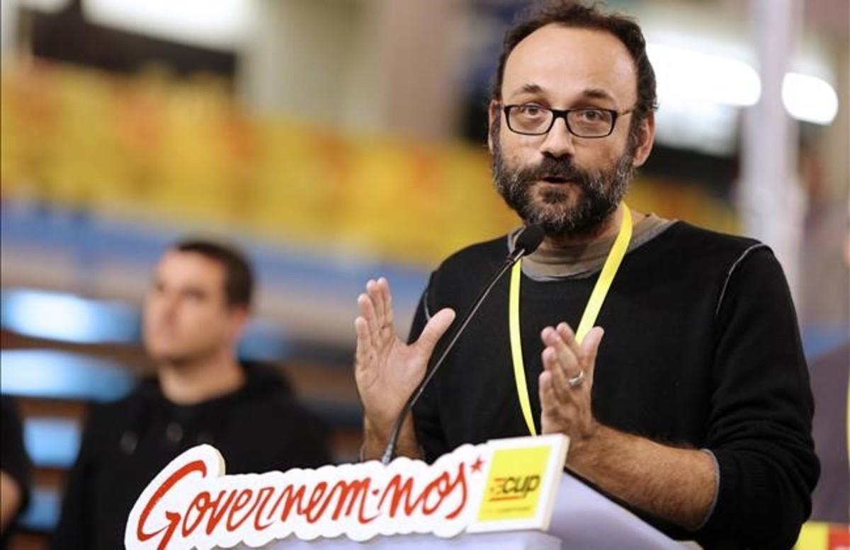 El diputado de la CUP Benet Salellas, en la asamblea que celebró el partido en Manresa el pasado noviembre.