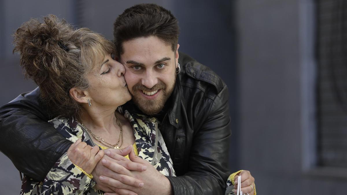 José Manuel Codón con su madre, María Teresa Blanco.