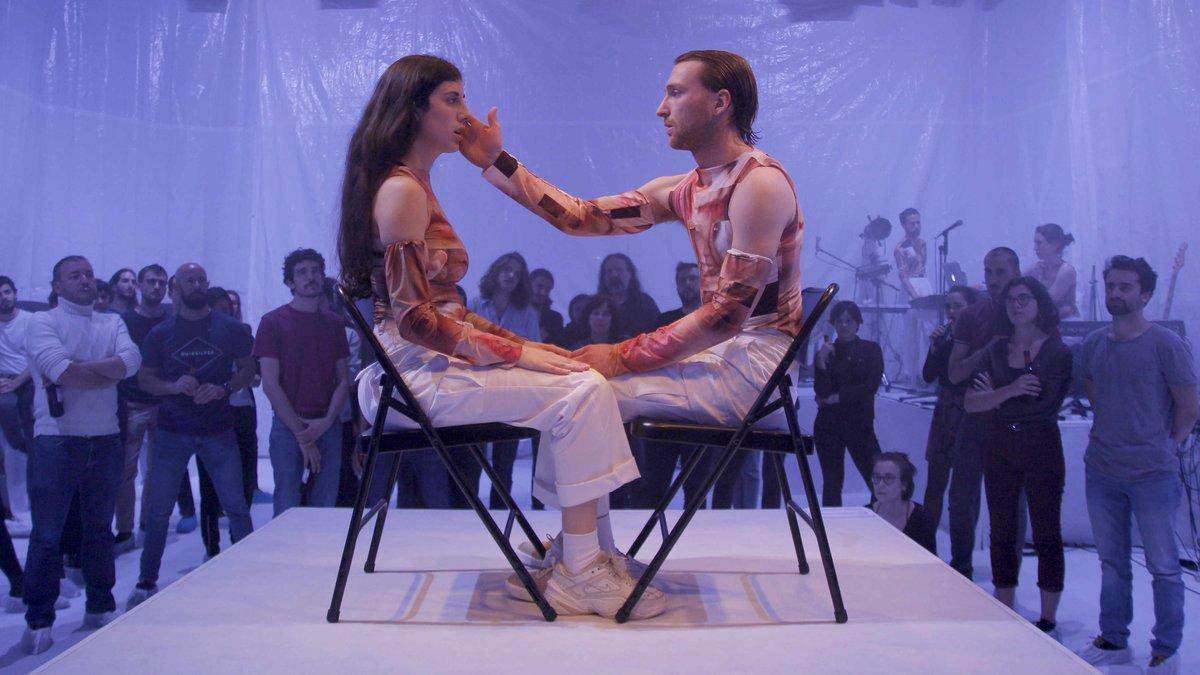 Un momento de la representación de 'This is real love', del Col·lectiu VVAA