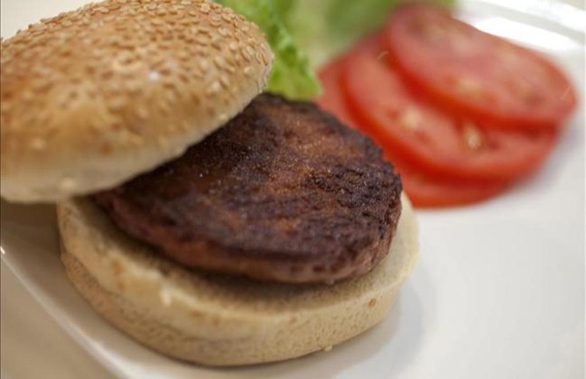Una hamburguesa.