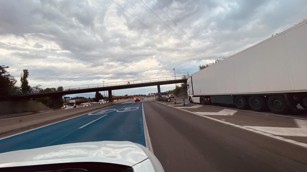 Alerta màxima en el transport per la falta de camioners