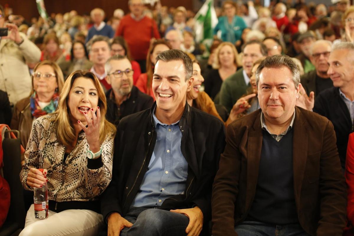 Susana Diaz, Pedro Sánchez y Juan Espadas.