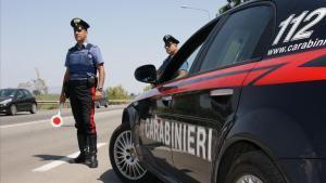 Detingudes cinc persones a Itàlia per fer veure que eren intermediaris del Vaticà per estafar