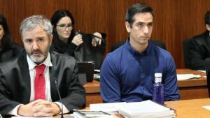 Rodrigo Lanza -a la derecha-,junto a su abogado, este martes.