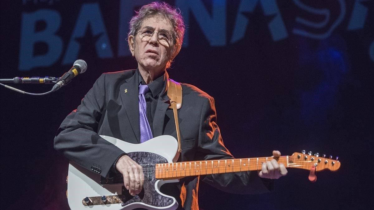 Quico Pi de la Serra en el concierto ofrecido en el festival Barnasants en lasCotxeres de Sants, el pasado enero.