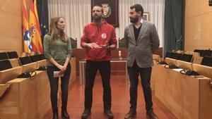 La concejala Aïda Llauradó, junto con Gerard Canals, y el primer Teniente de Alcalde, Rubén Guijarro.