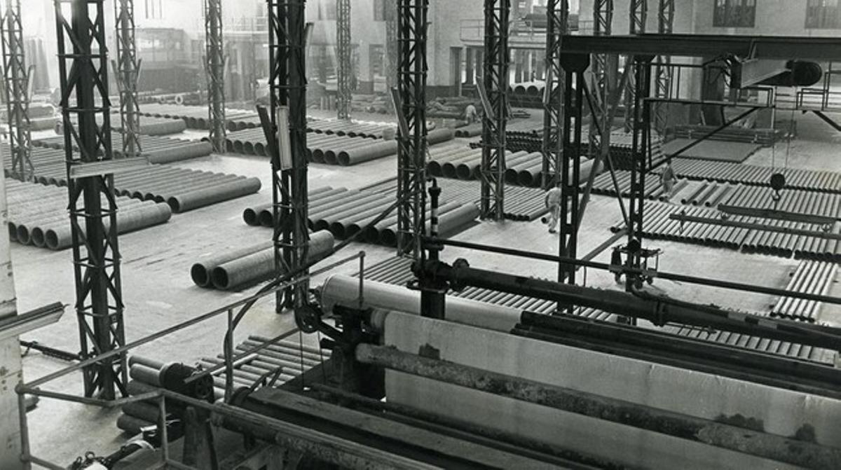 La fàbrica d'Uralita a Cerdanyola del Vallès, a principis dels 80.