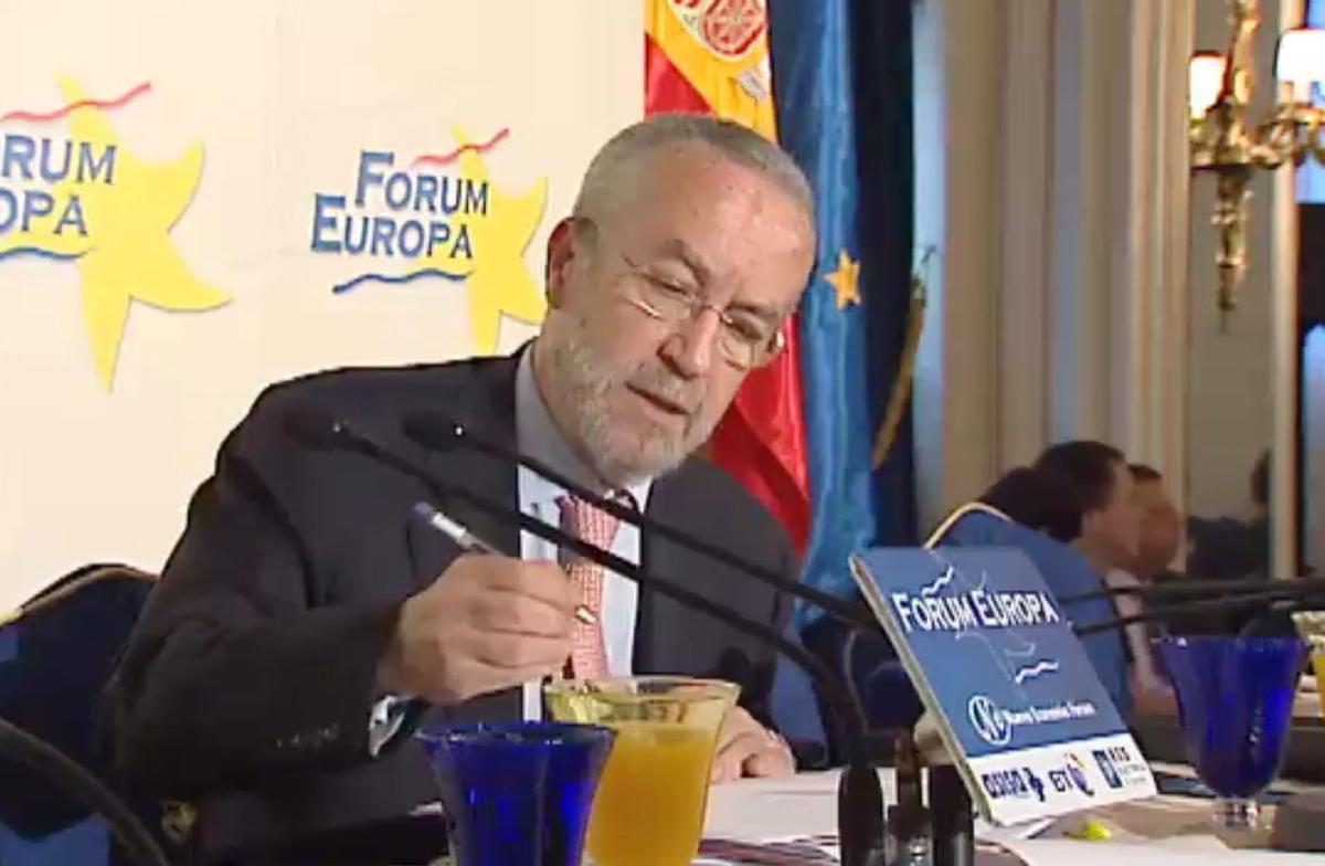 Arriola cree que Podemos es un partido de 'frikis' sin recorrido político