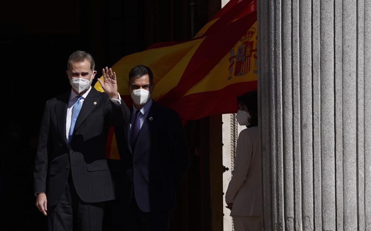 El Rey y Pedro Sánchez.