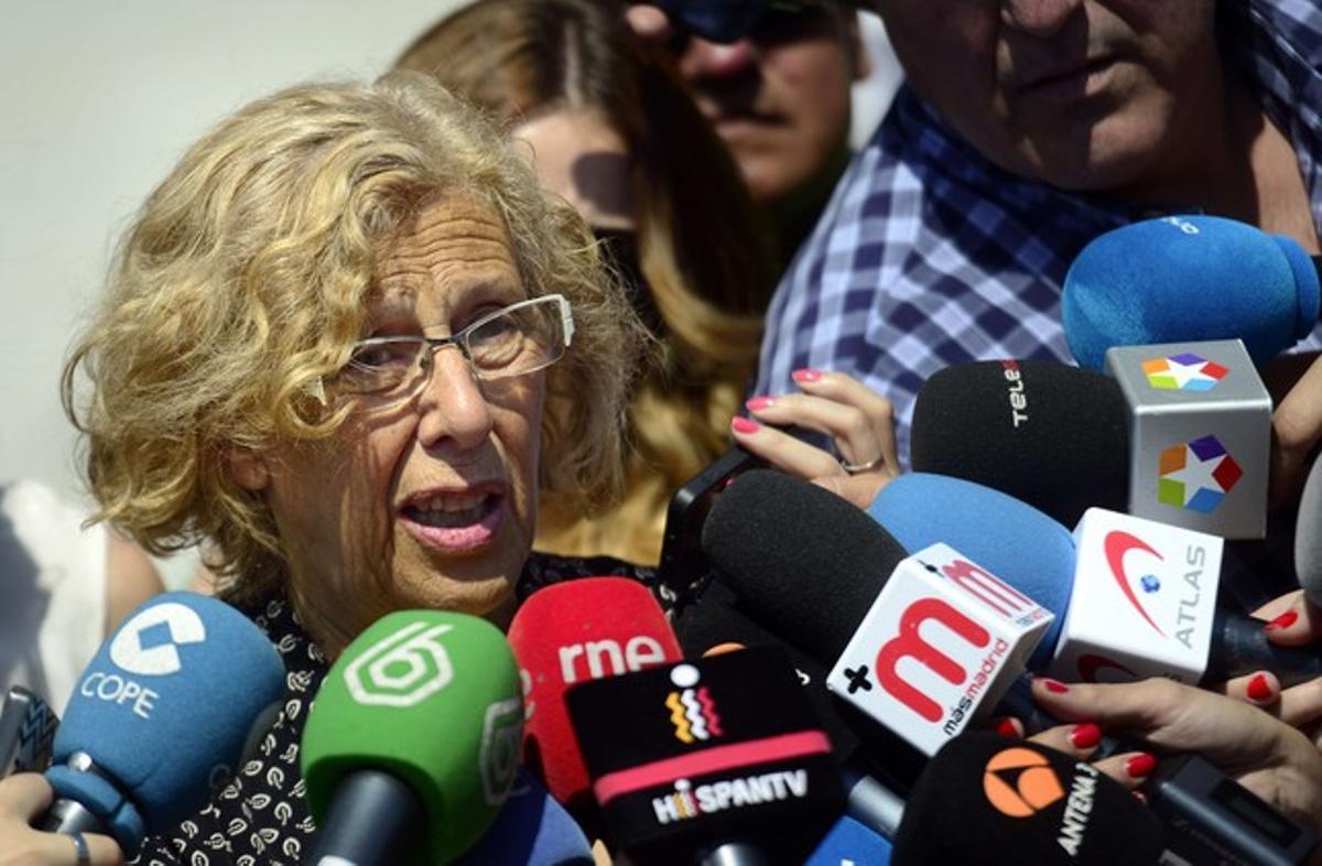 Manuela Carmena atiende a los medios, el pasado 3 de junio en Madrid.