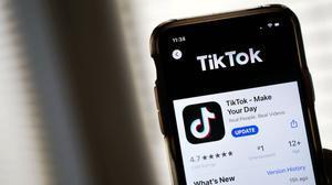 Descarga de la popular 'app' Tik Tok, en un iPhone.