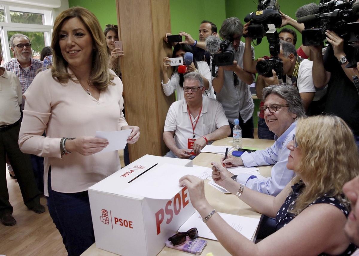 El PSOE-A precipita congreso regional para blindar a Susana Díaz