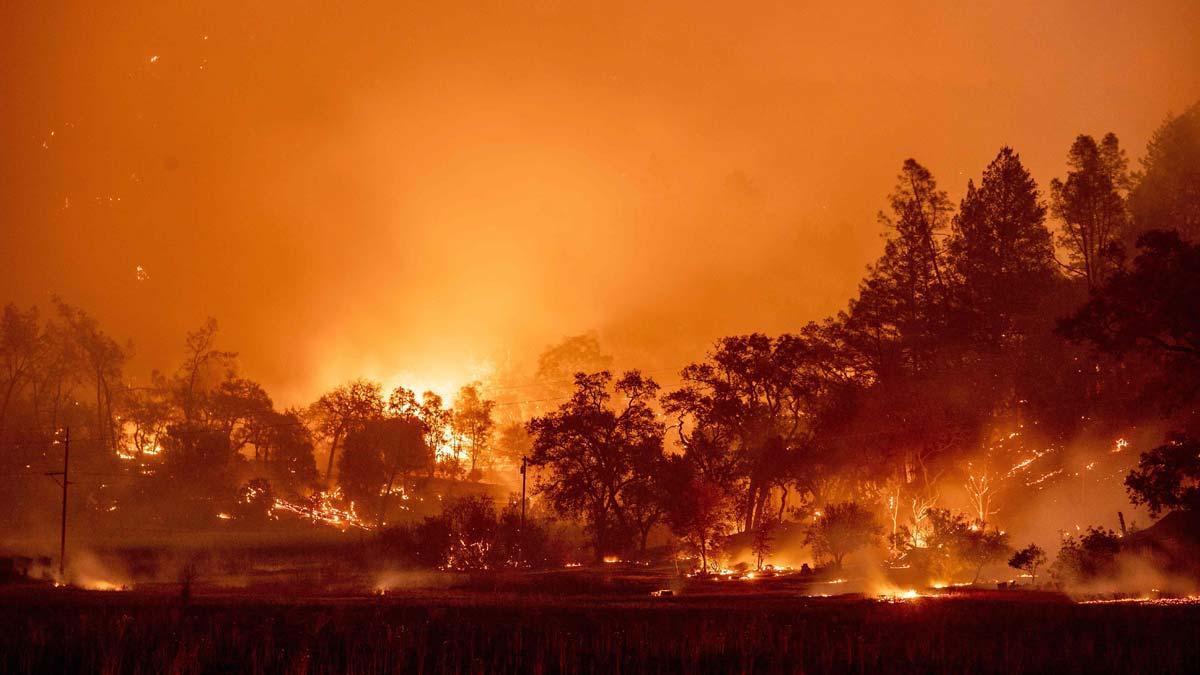 Nuevas imágenes de los incendios en California.