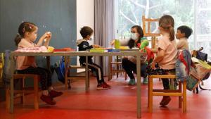 La Ustec reclama 44.500 mestres més per a la tornada a l'escola al setembre