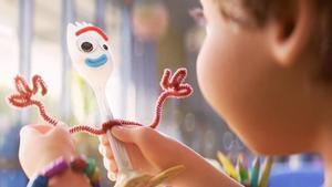 Retirada una joguina de Forky, de 'Toy Story 4', per risc d'asfíxia