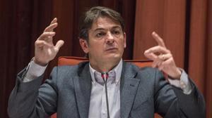 Oriol Pujol en su comparecencia en el Parlament, en marzo del 2015.