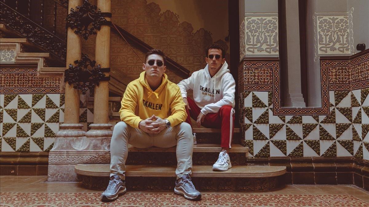 Xavier Coca y Oriol De Ramon conforman el dúo musical The Tyets, en la Casa Coll i Regàs de Mataró.