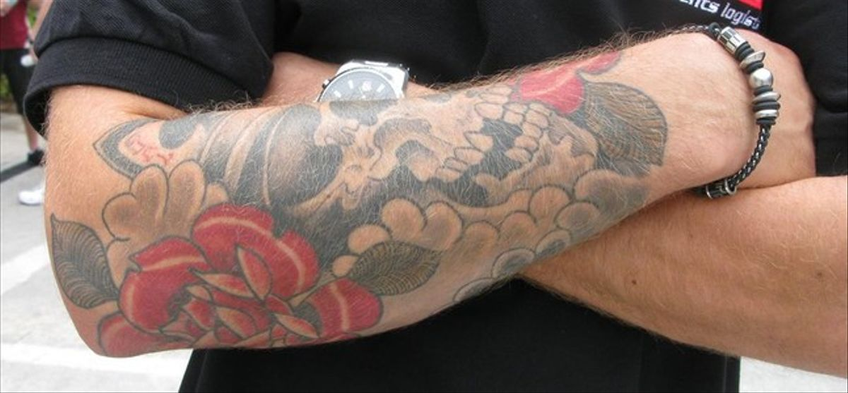 La cara y la cruz del tatuaje