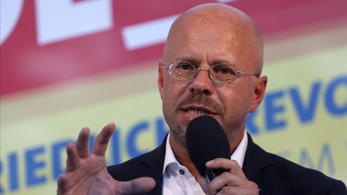 El candidato de AfD para Brandeburgo, Andreas Kalbitz, durante un mitin.