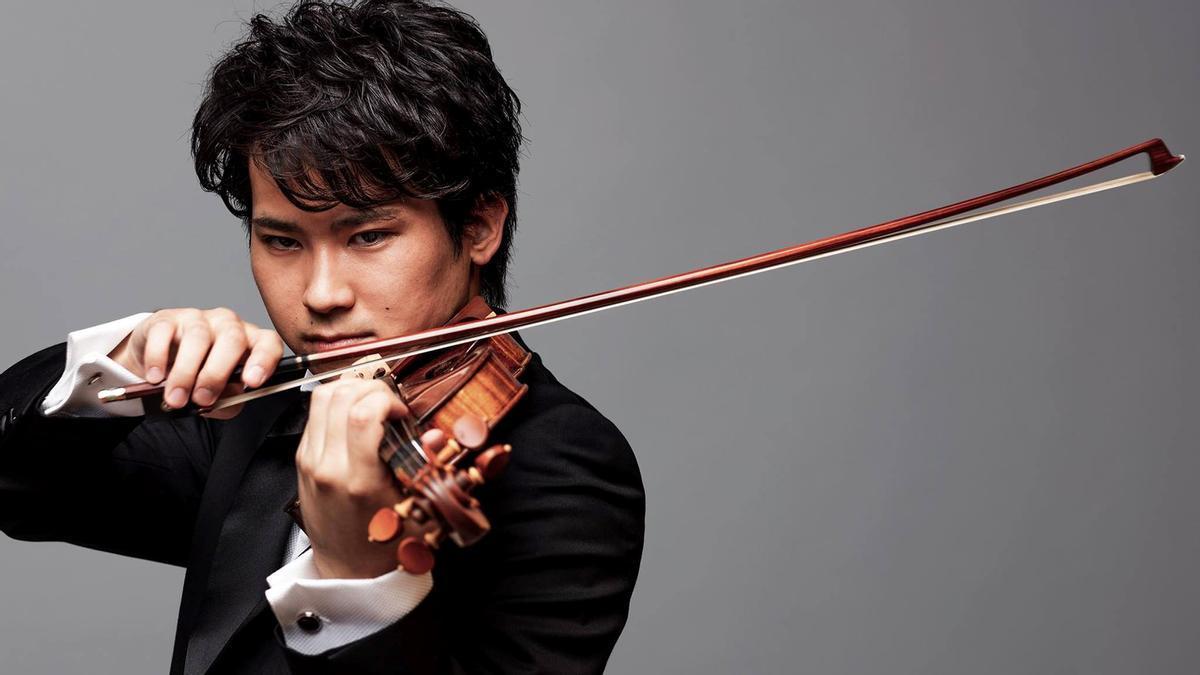 El violinista Fumiaki Miura, en una imagen promocional.