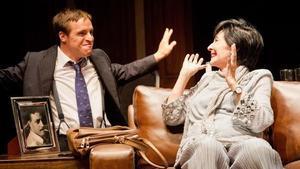 La actriz Concha Velasco en un momento de la obra 'Olivia y Eugenio'.