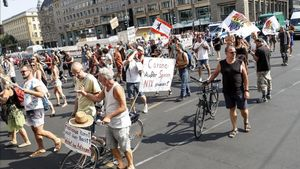Manifestación en Berlín contra las restricciones impuestas por el Gobierno contra el covid-19.