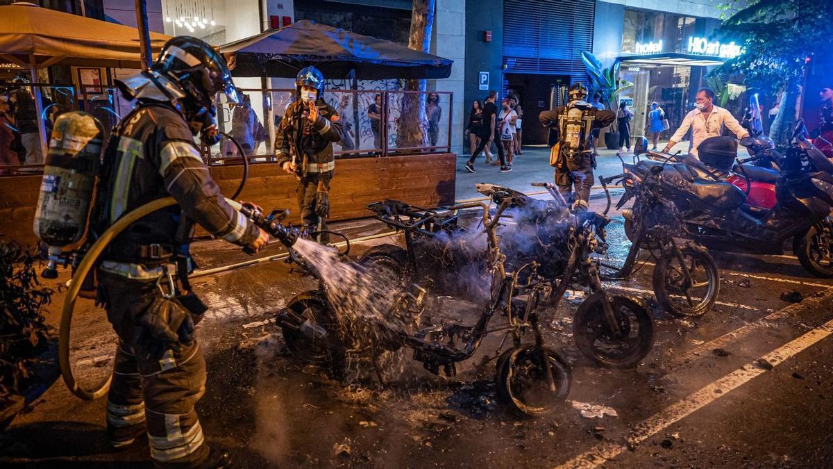 Incendio en la calle Enric Granados de Barcelona
