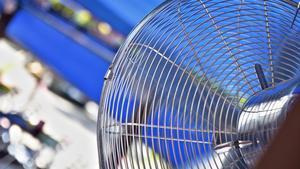 El ventilador, uno de los artilugios para sobrellevar el calor veraniego