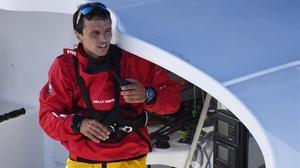 Dídac Costa tiene 10 días para reprarar lo necesario en su embarcación y zarpar de nuevo.