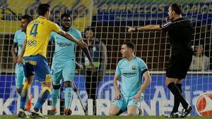 Mateu Lahoz pita penalti contra el Barça.