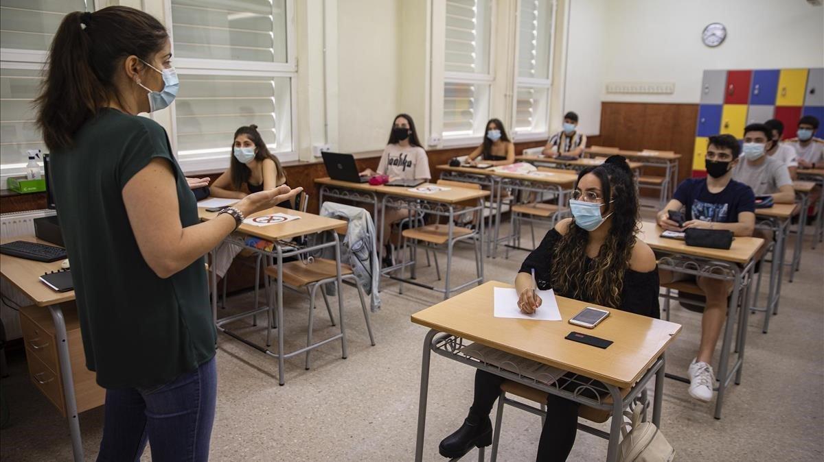 Clase en el instituto Sa Palomera, de Blanes.