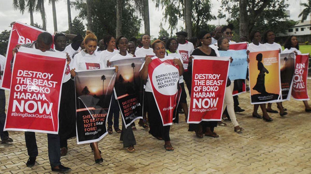 La ONU pide la intervención urgente y EEUU envía un equipo de investigadores a Nigeria.