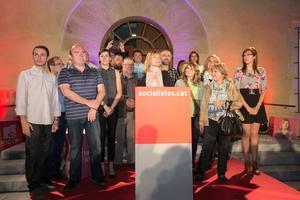 La candidata del PSC y alcaldesa, Lluïsa Moret, en el primer acto de la campaña electoral en Sant Boi.