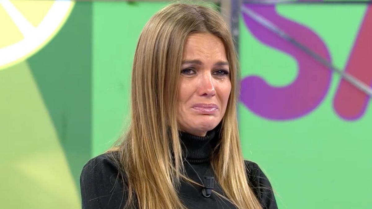 Marta López, desconsolada en 'Sálvame'