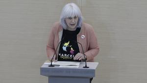 La diputada de la CUP, Dolors Sabater, durante el debate de investidura de Pere Aragonès.