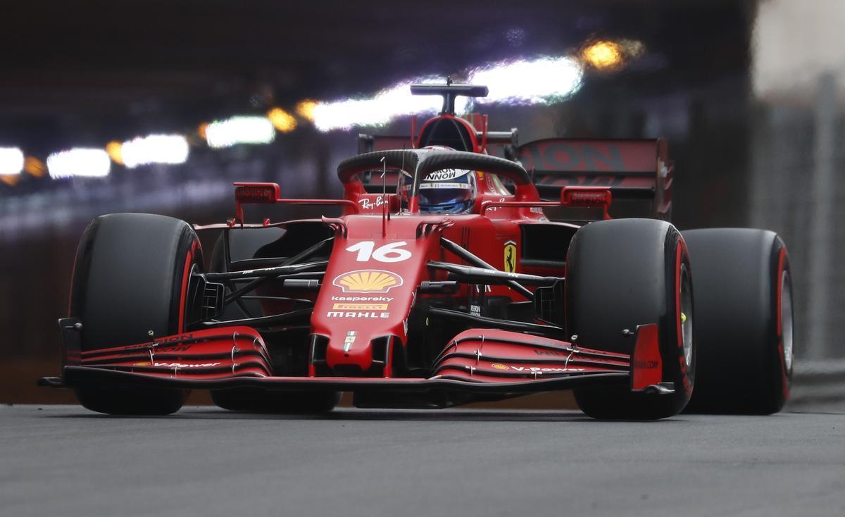 El Ferrari de Leclerc en la calificación del GP de Mónaco