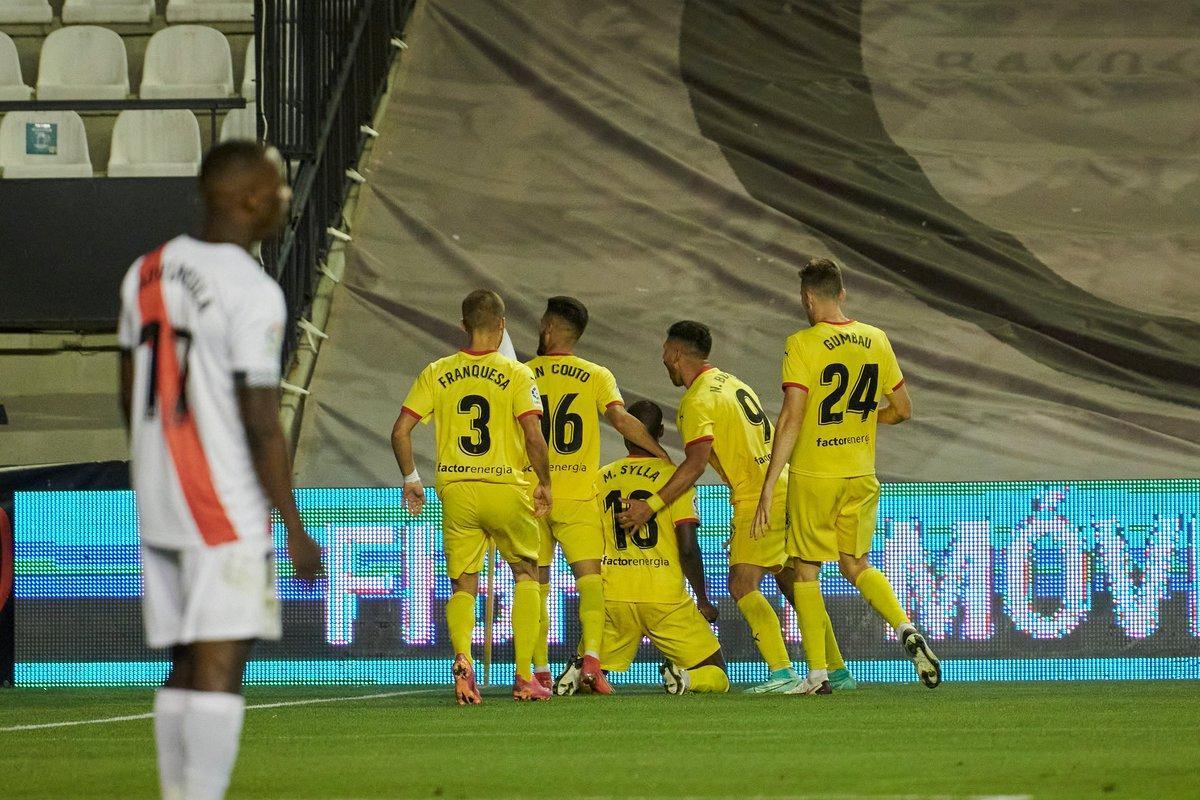 Los jugadores del Girona celebran el segundo tanto marcado en Vallecas.