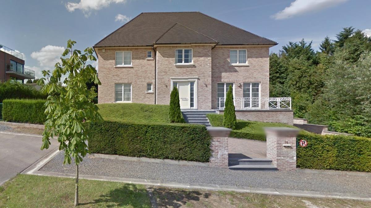 La casa a la que Carles Puigdemont se trasladaría, en Waterloo, según el diario 'L'Echo'.