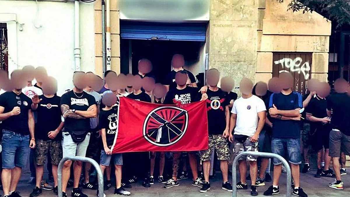La policía investiga el desembarco de un nuevo grupo «ultra» en València.