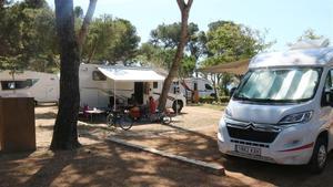 El interior del camping de Palamós.