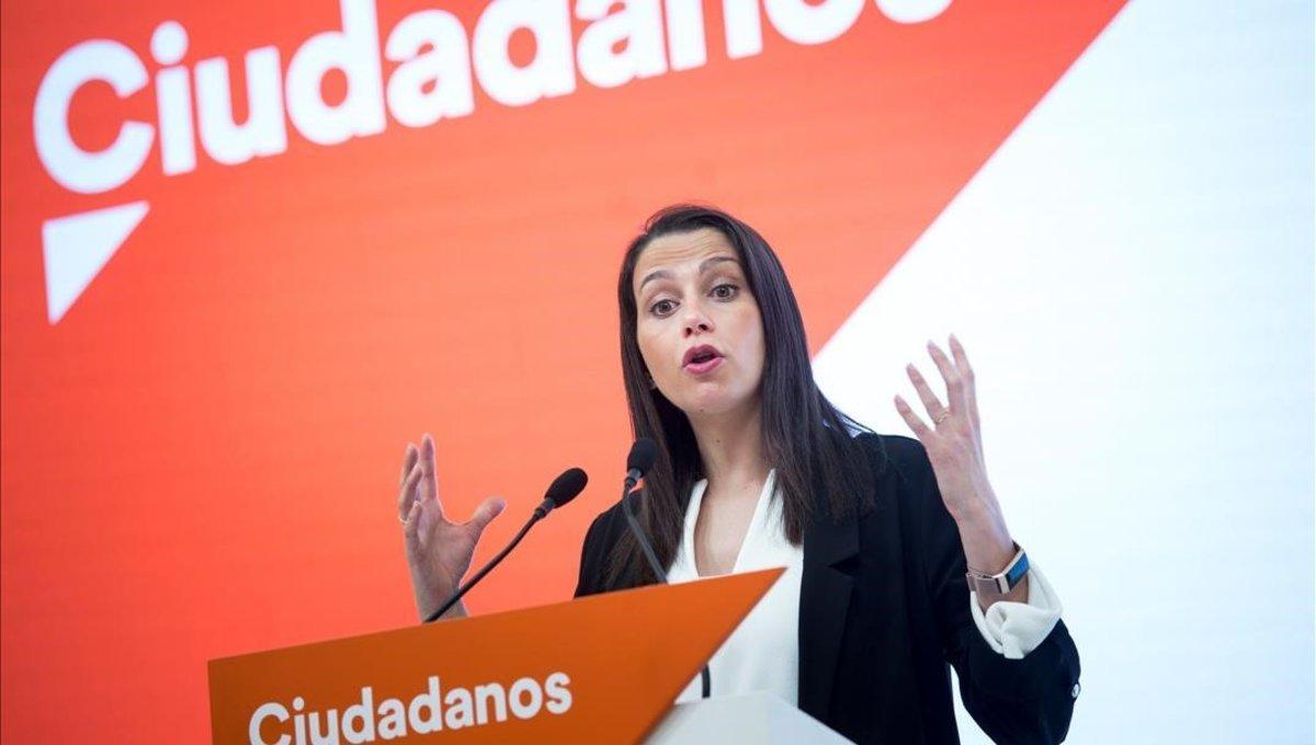 La nova executiva d'Arrimadas pren possessió de forma telemàtica