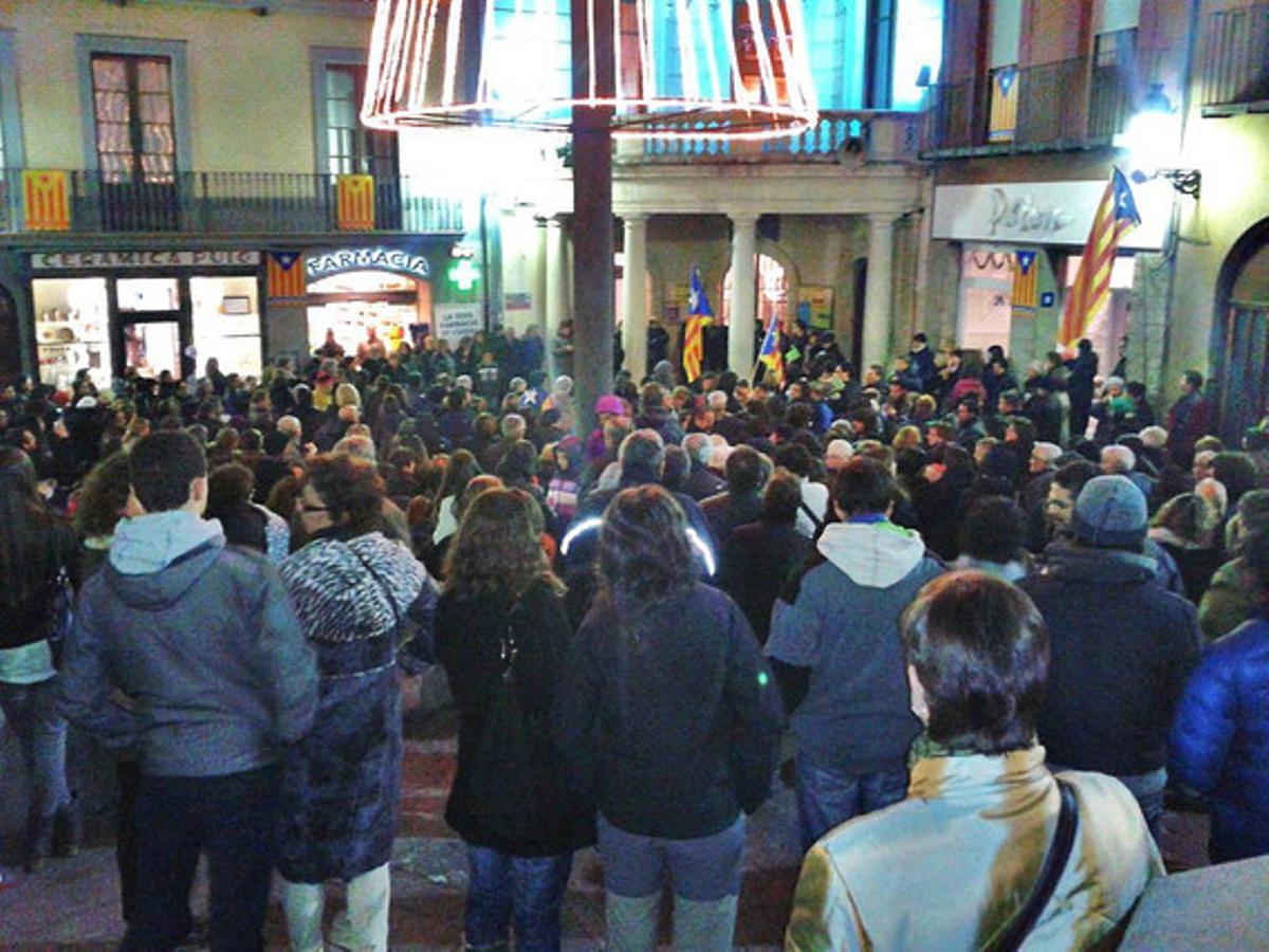 Concentración en Berga (Berguedà) convocada por Somescola.