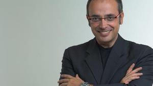 Alfredo Urdaci cambiará la cabecera y plató de los informativos de 13TV