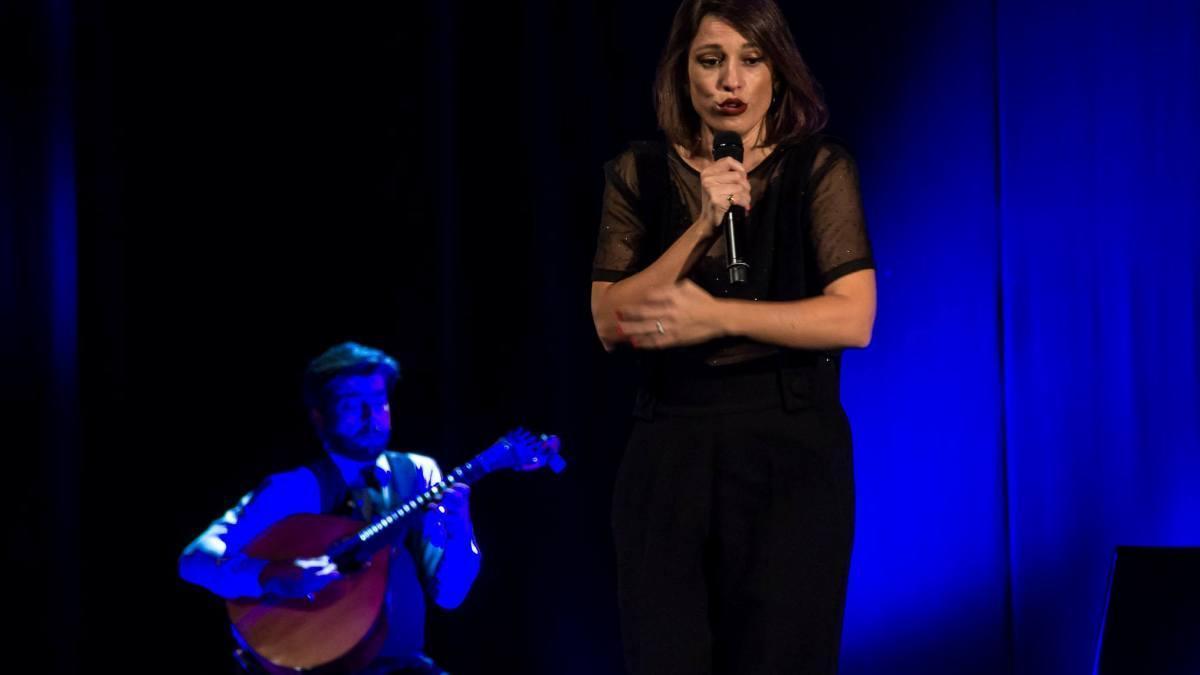 La cantante Carminho, durante una actuación en el BARTS en el 2017.