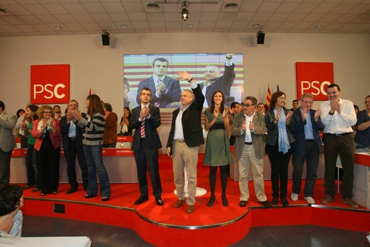 El consell nacional del PSC, con Maurici Lucena a la derecha de Pere Navarro.