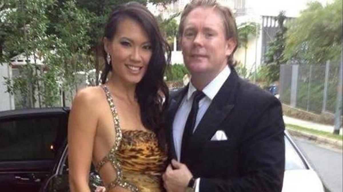 El 'broker' Antony Casey y su mujer, Bernice Wong.