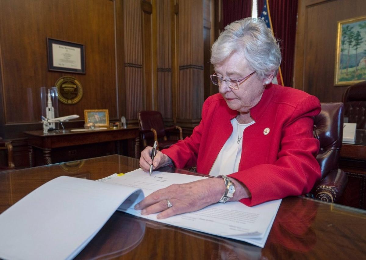La gobernadorade Albama, EEUU, Kay Ivey.