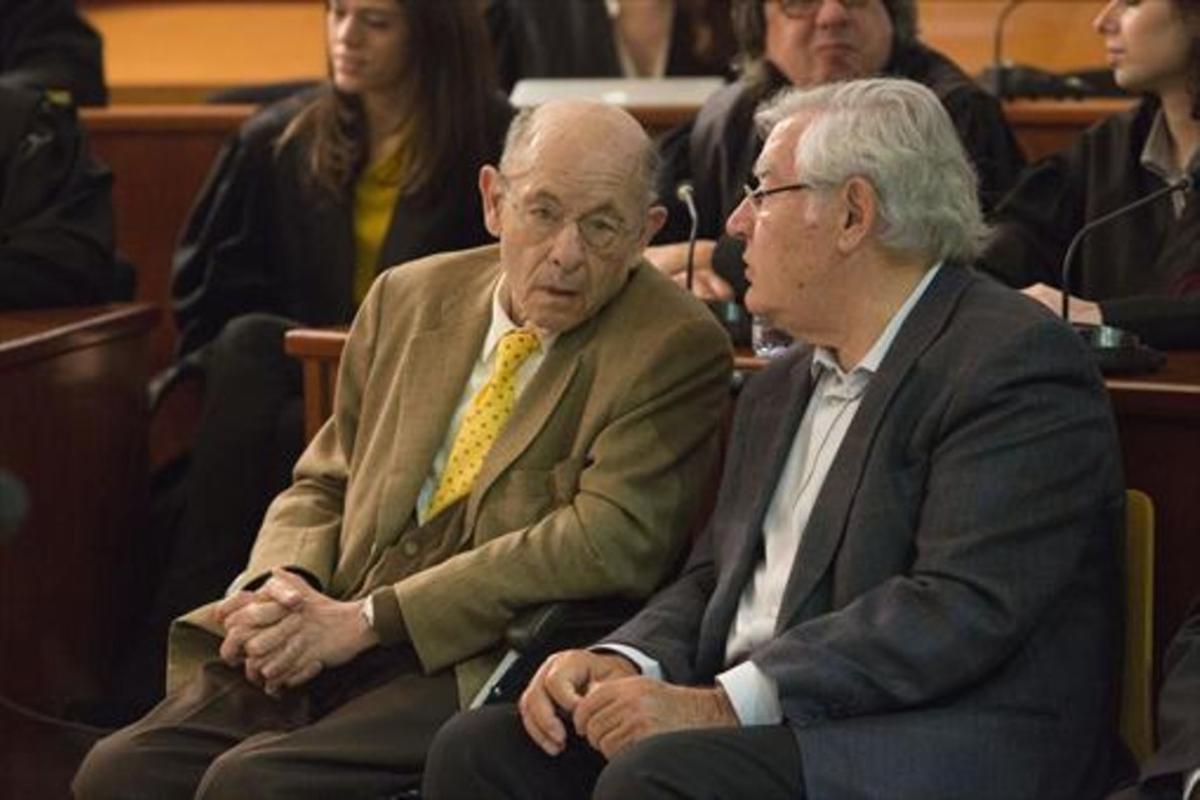Fèlix Millet, junto a Jordi Montull, en la Audiencia de Barcelona, en abril del 2014.